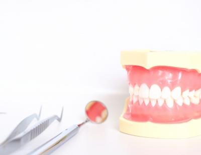 歯の動揺度検査